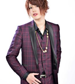 緋咲 舞尋 (Hisaki Mahiro)